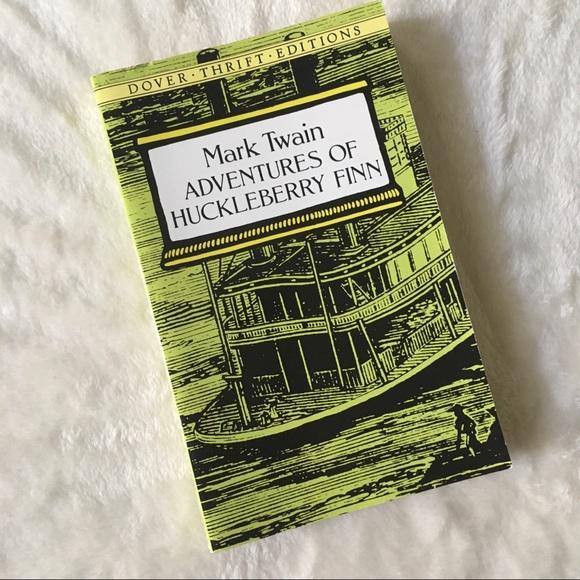 🎁 FREE GIFT Mark Twain Huckleberry Finn novel